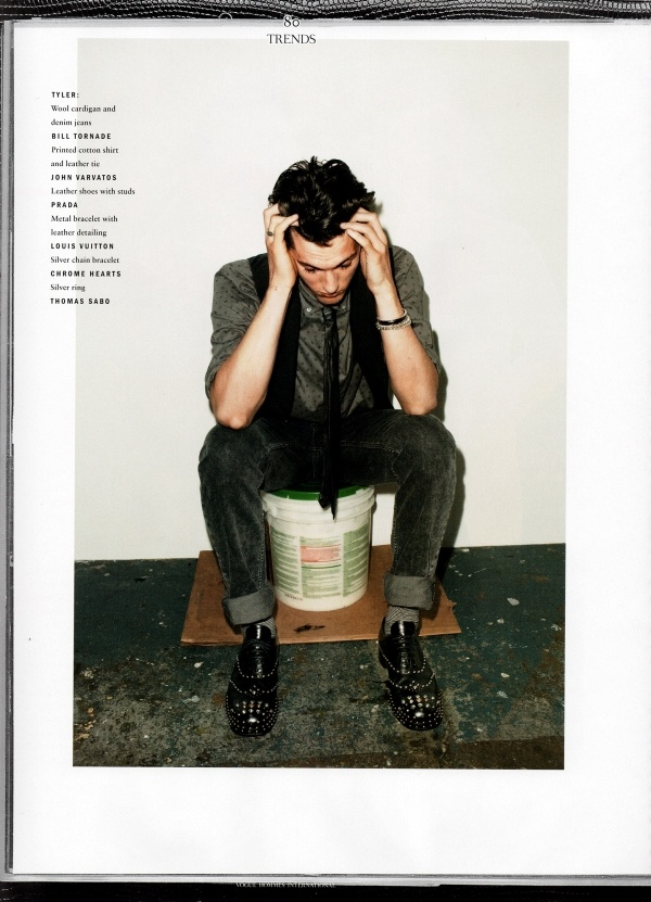 http://definitivetouch.com/wp-content/uploads/2009/09/Time-Slip-For-Vogue-Hommes-International-1.jpg