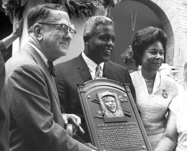 Jackie Robinson An American Icon 9