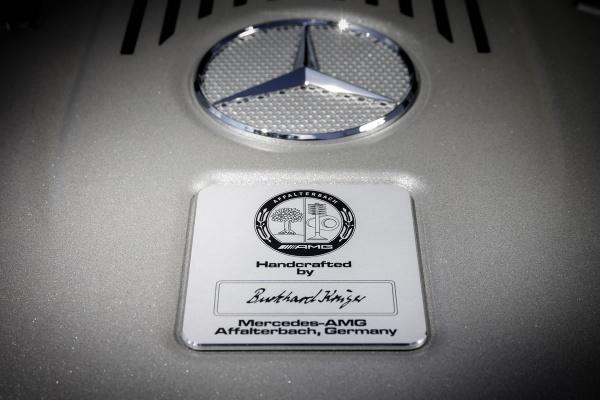 Mercedes-Benz-S65-AMG-2013-6
