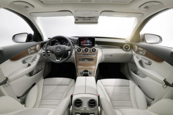 2015-Mercedes-Benz-C-Class-2-630x420