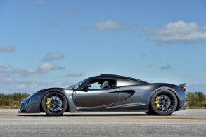 hennessey-venom-gt-worlds-fastest-production-car-1