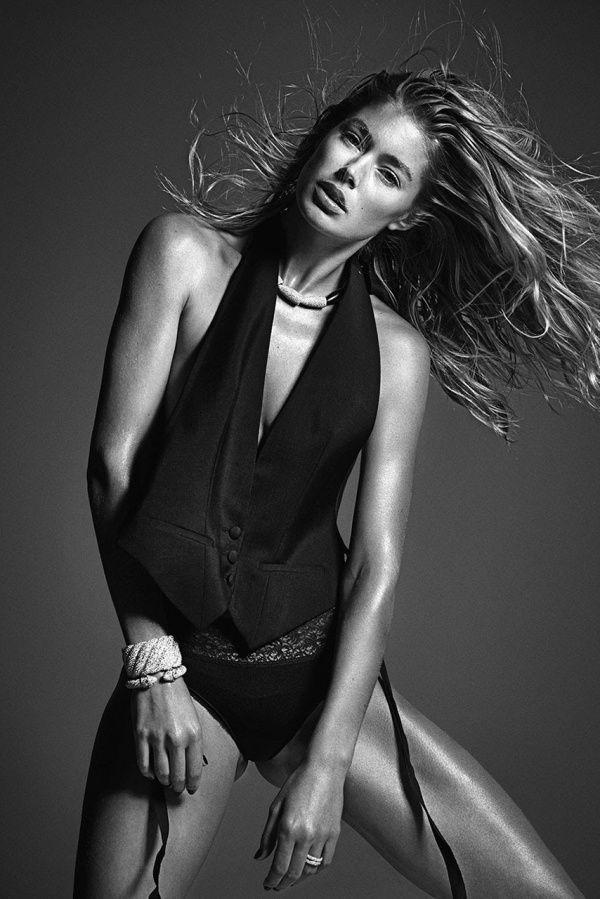 mario-testinos-perfect-ten-editorial-featuring-jourdan-dunn-karlie-kloss-and-rosie-huntington-whiteley-6